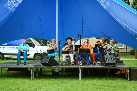 Dee Ukes @ coldside Fun Day 01/07/17